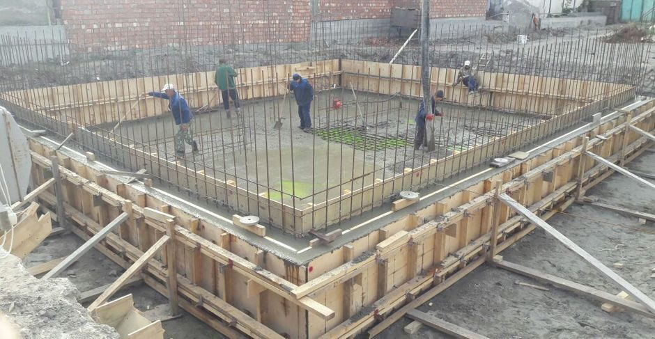Гидроизоляция фундамента при строительстве